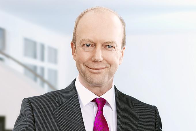 Jochen Brink, Dipl.-VW