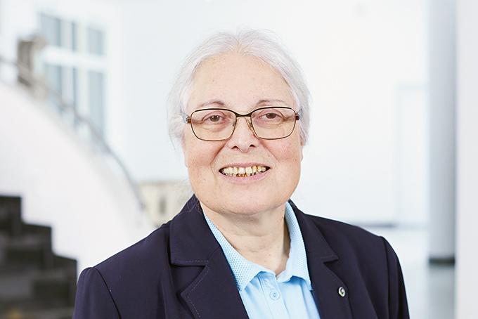 PD Dr. med. Barbara Elkeles