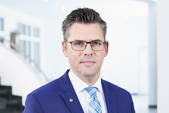 Dr. Mark Lönnies, MBA